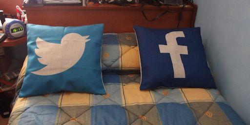 Cojines Social Media